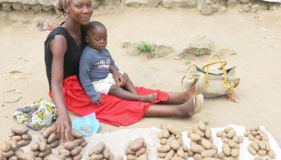 Paida FINCA client in Malawi