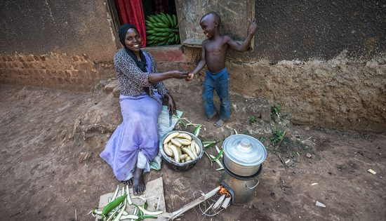 Health-Benefits-Solar-Lighting-Clean-Cookstoves